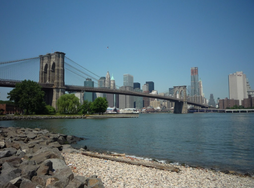 gorgeous view of the Brooklyn Bridge