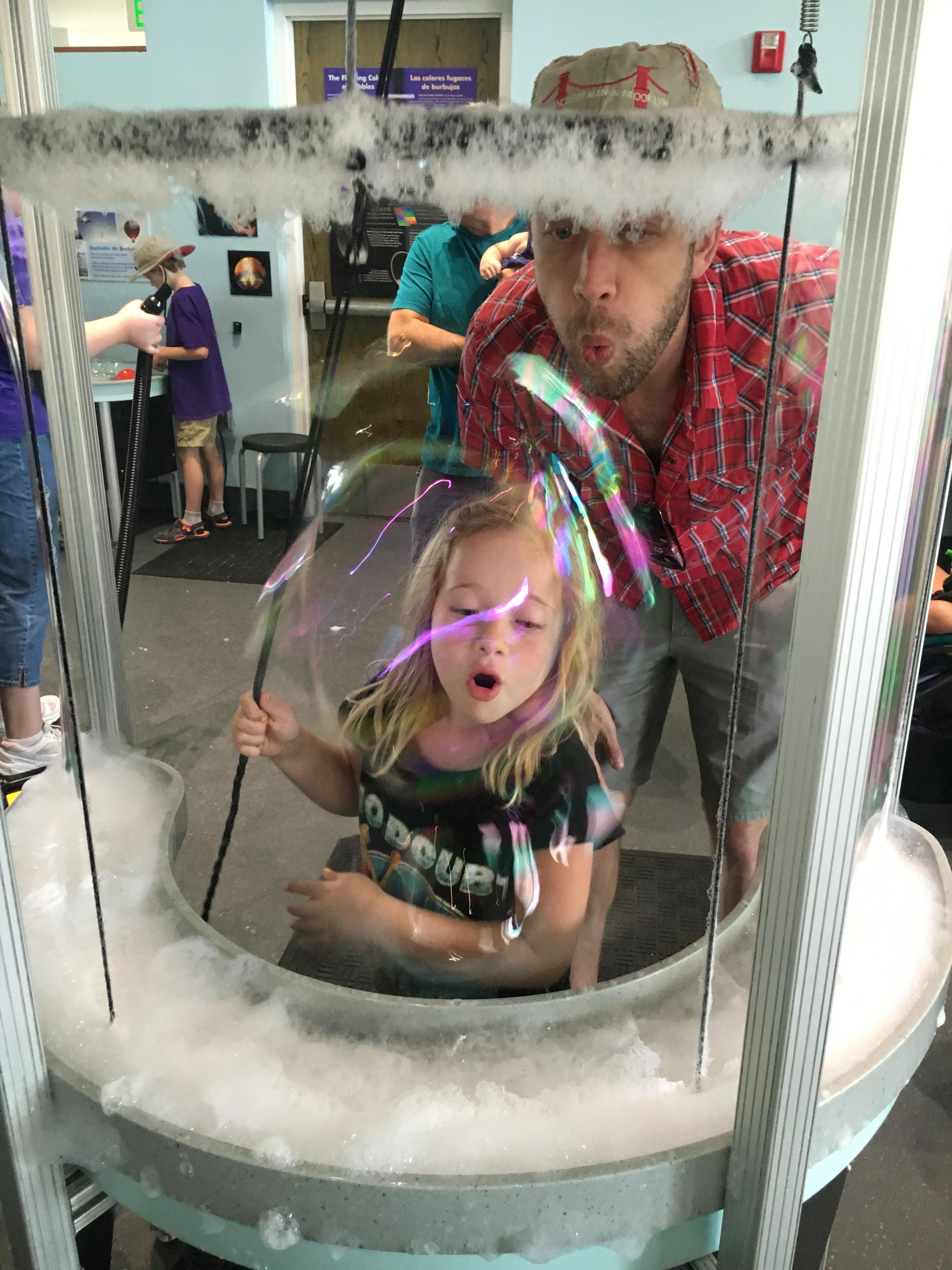 explora bubble play