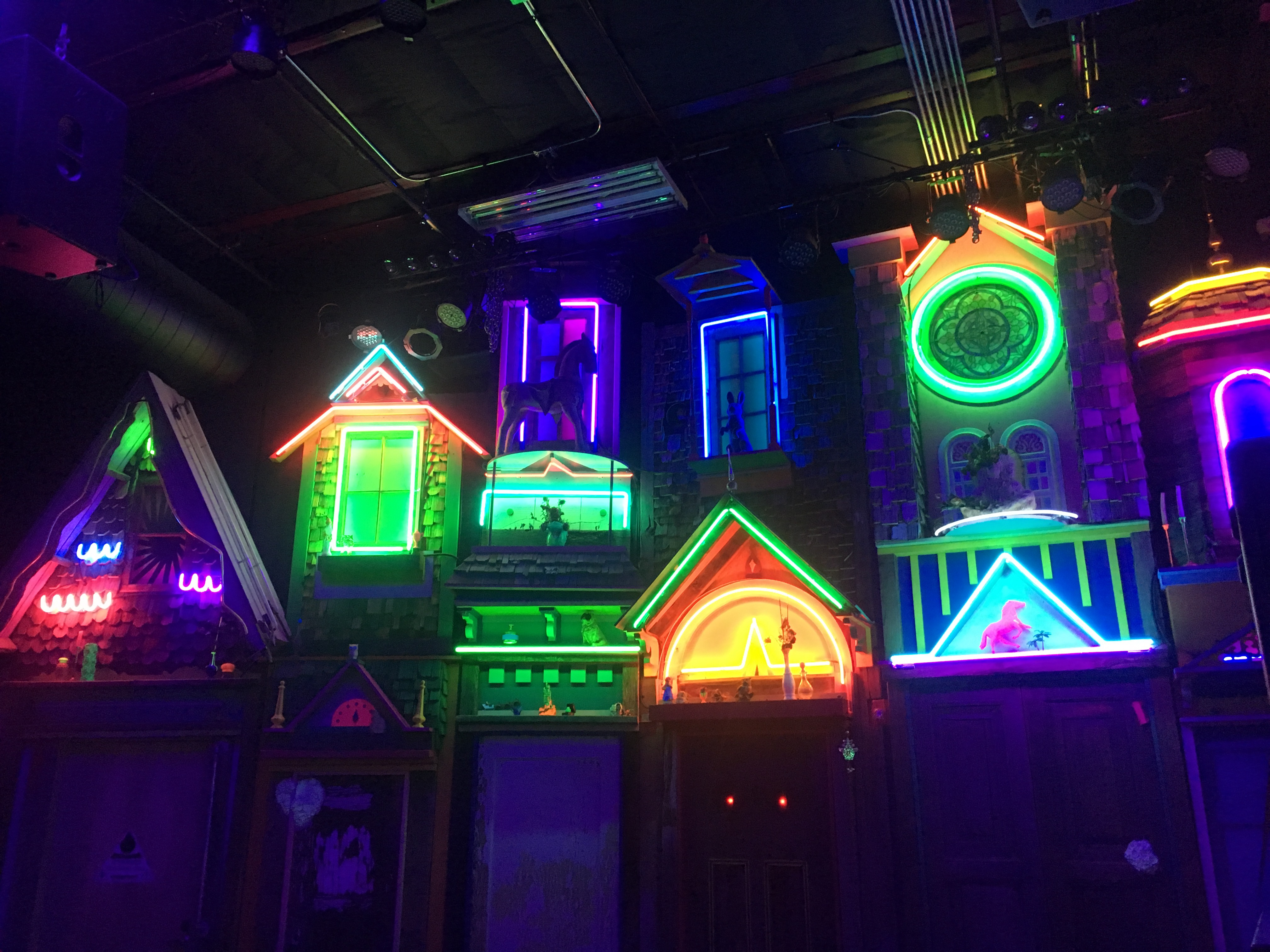Amazing Visual And Interactive Experience At Meow Wolf