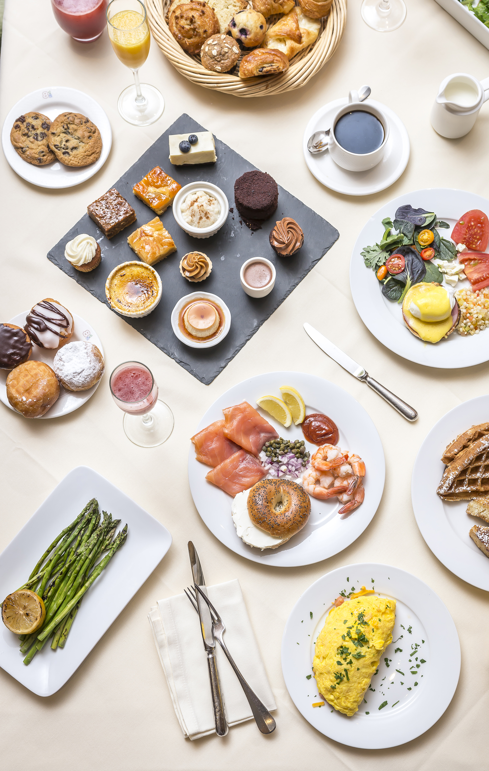 easter dining guide: Brasserie 8 ½