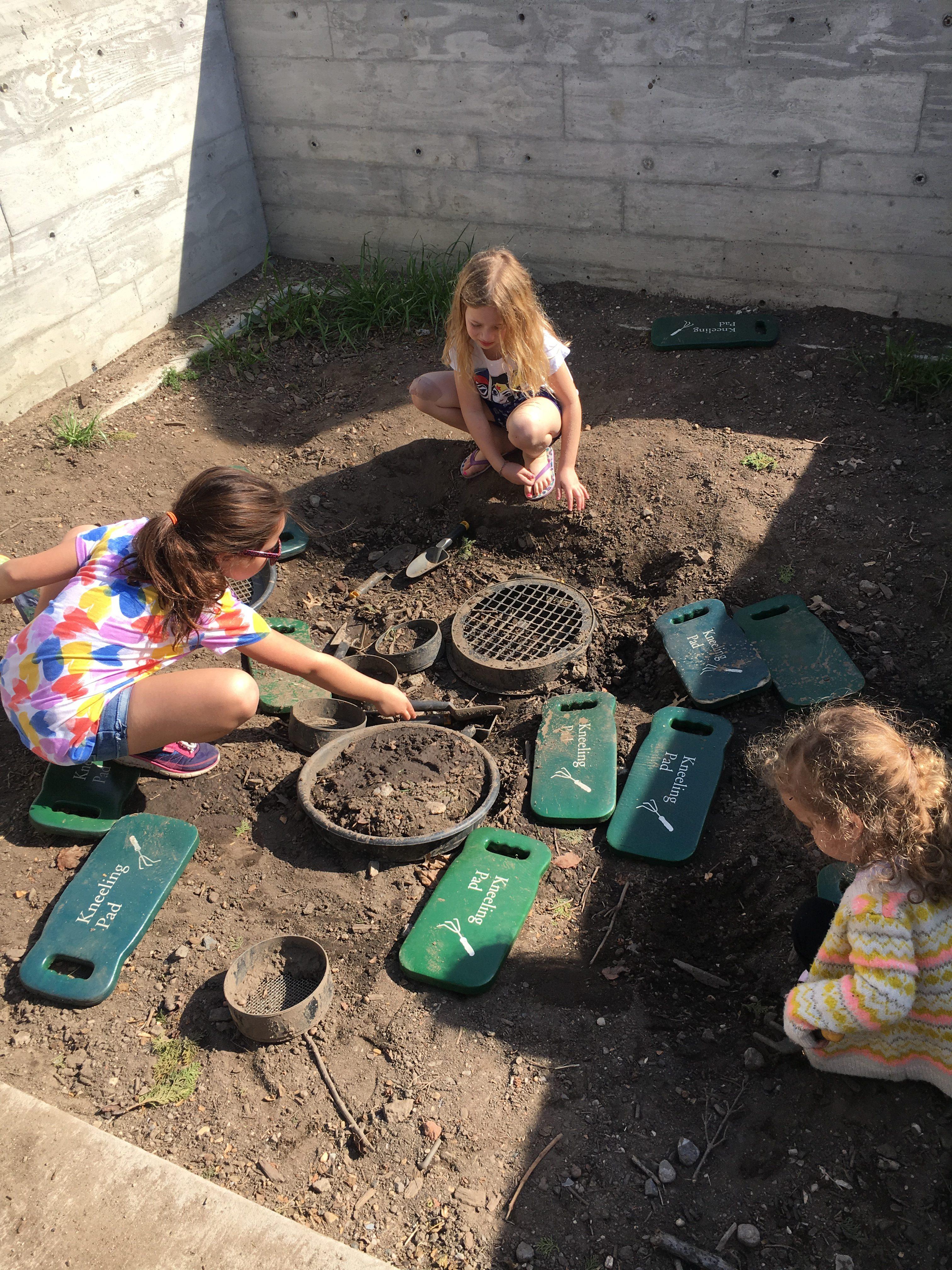 dirt play at brooklyn botanic garden
