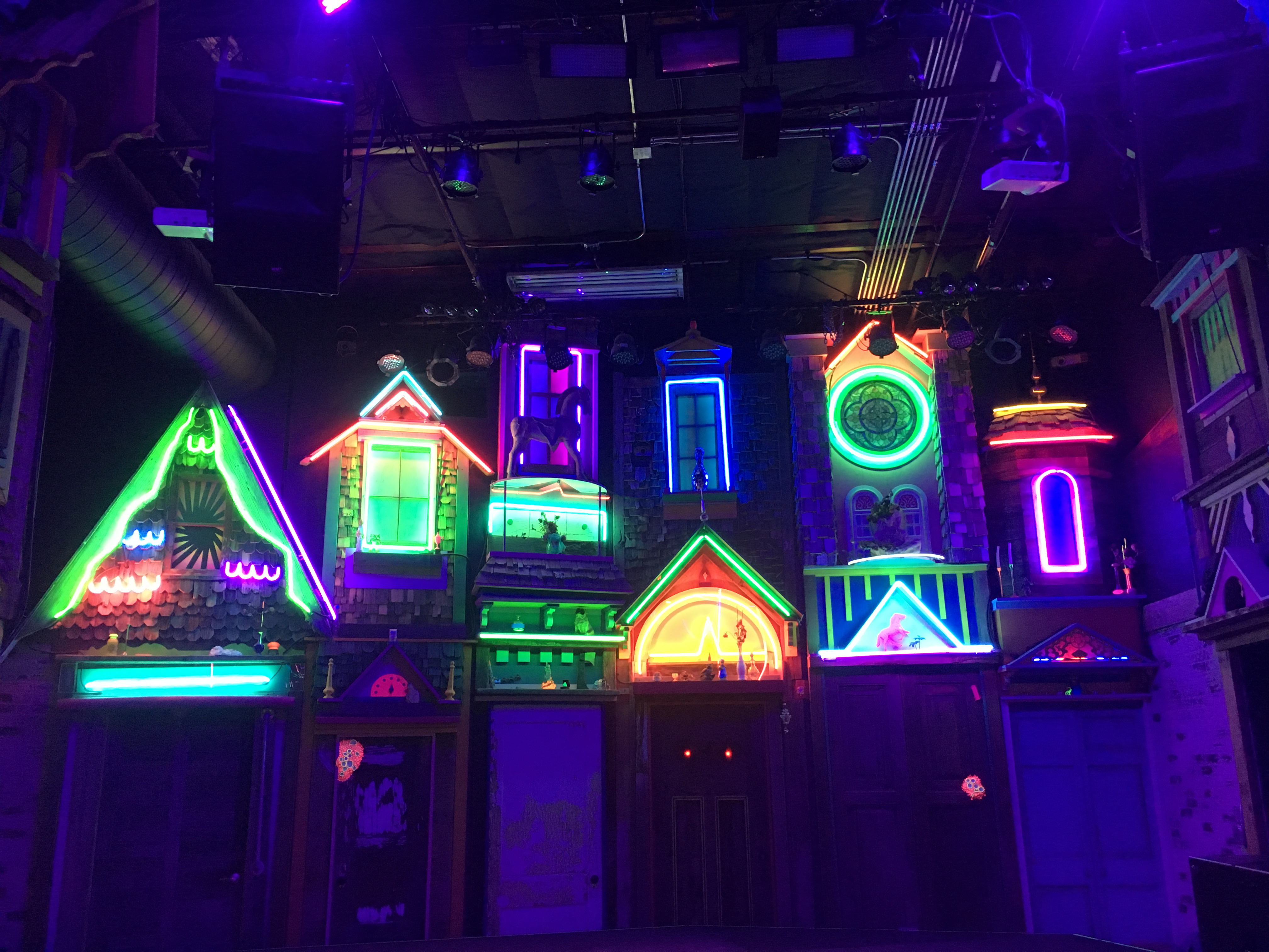 new mexico meow wolf
