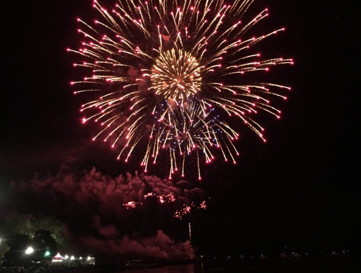 amazing fireworks at playland park in rye