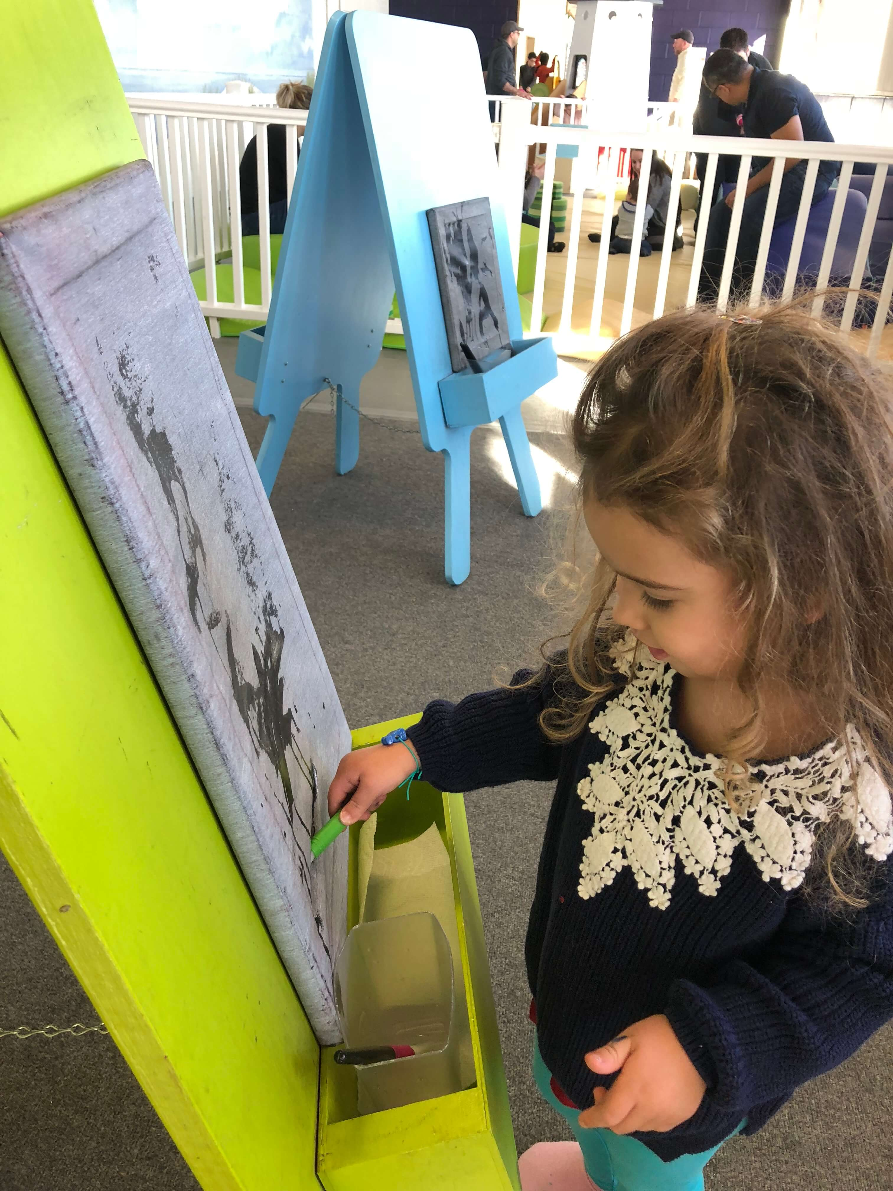 painting at the westchester children's museum