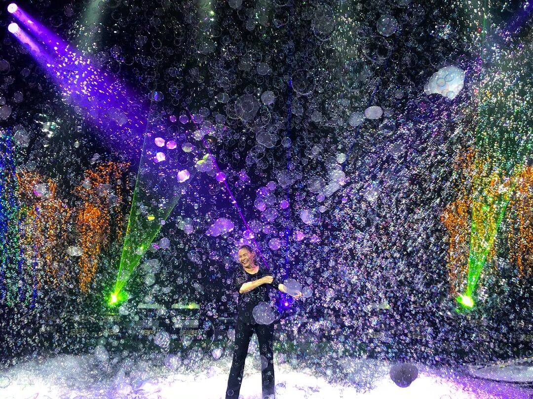 Gazillion Bubble Show bubble magic in nyc