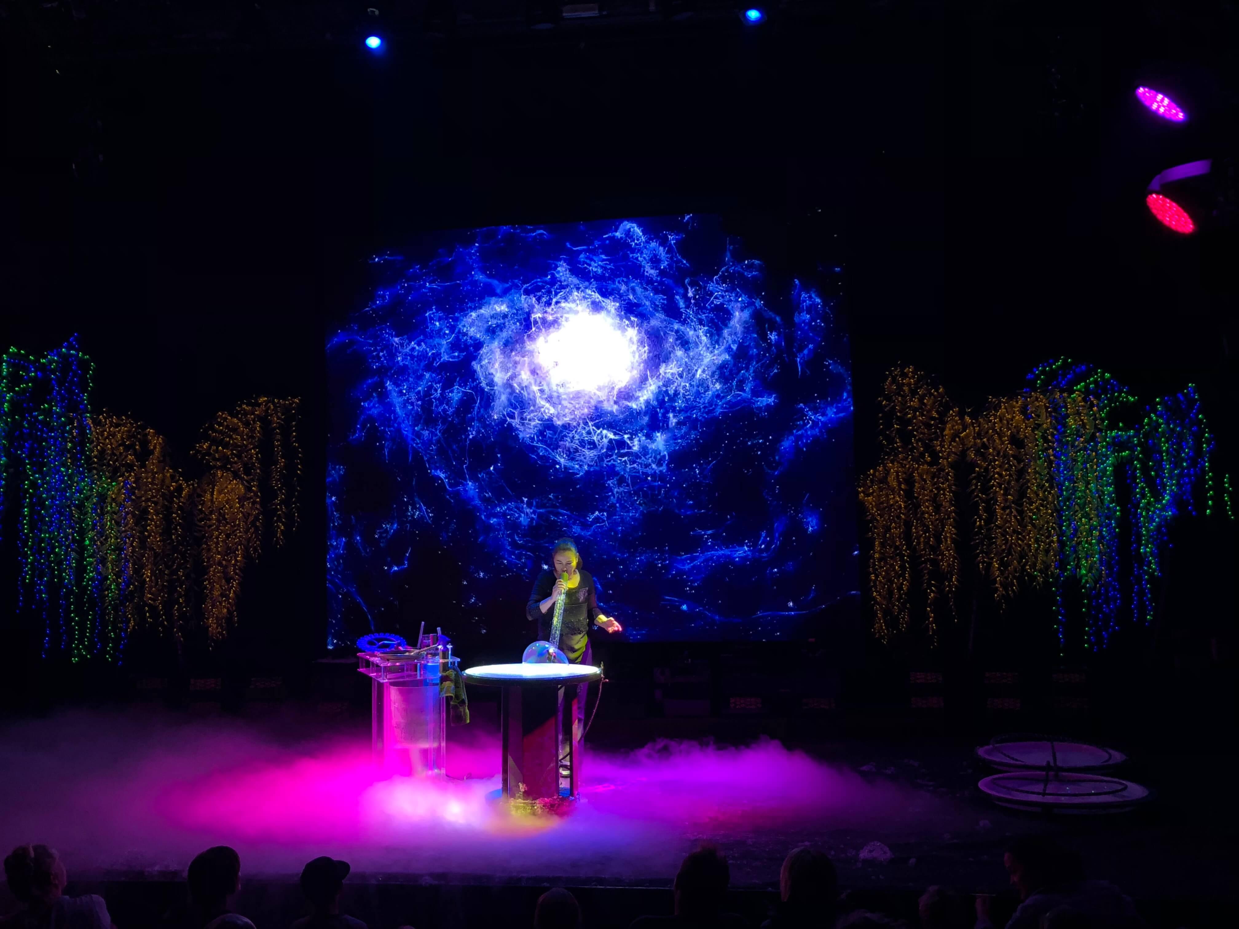 Gazillion Bubble Show blue world