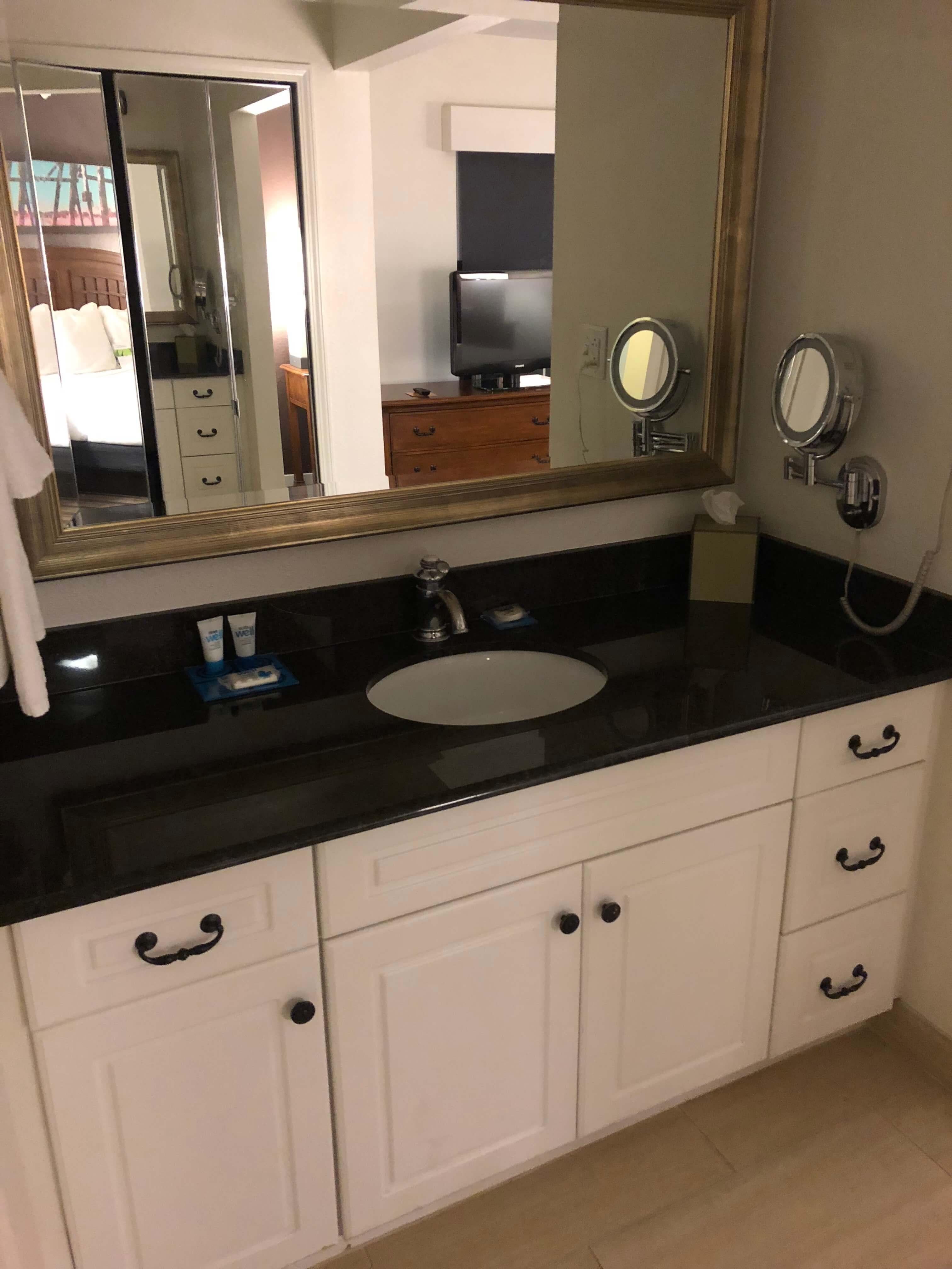 hyatt house Fishkill bathroom
