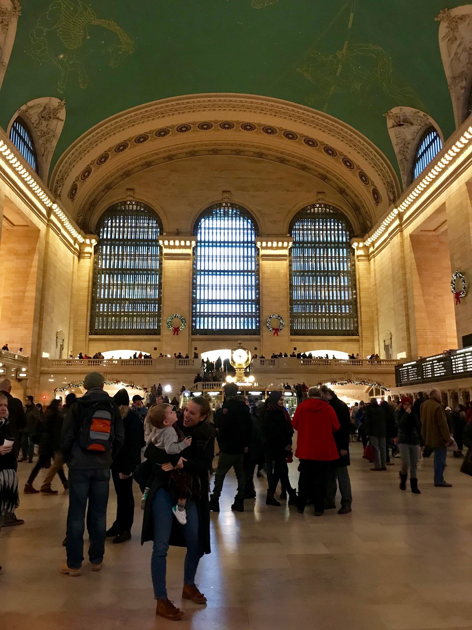 Jess of Used York City interview in grand central station