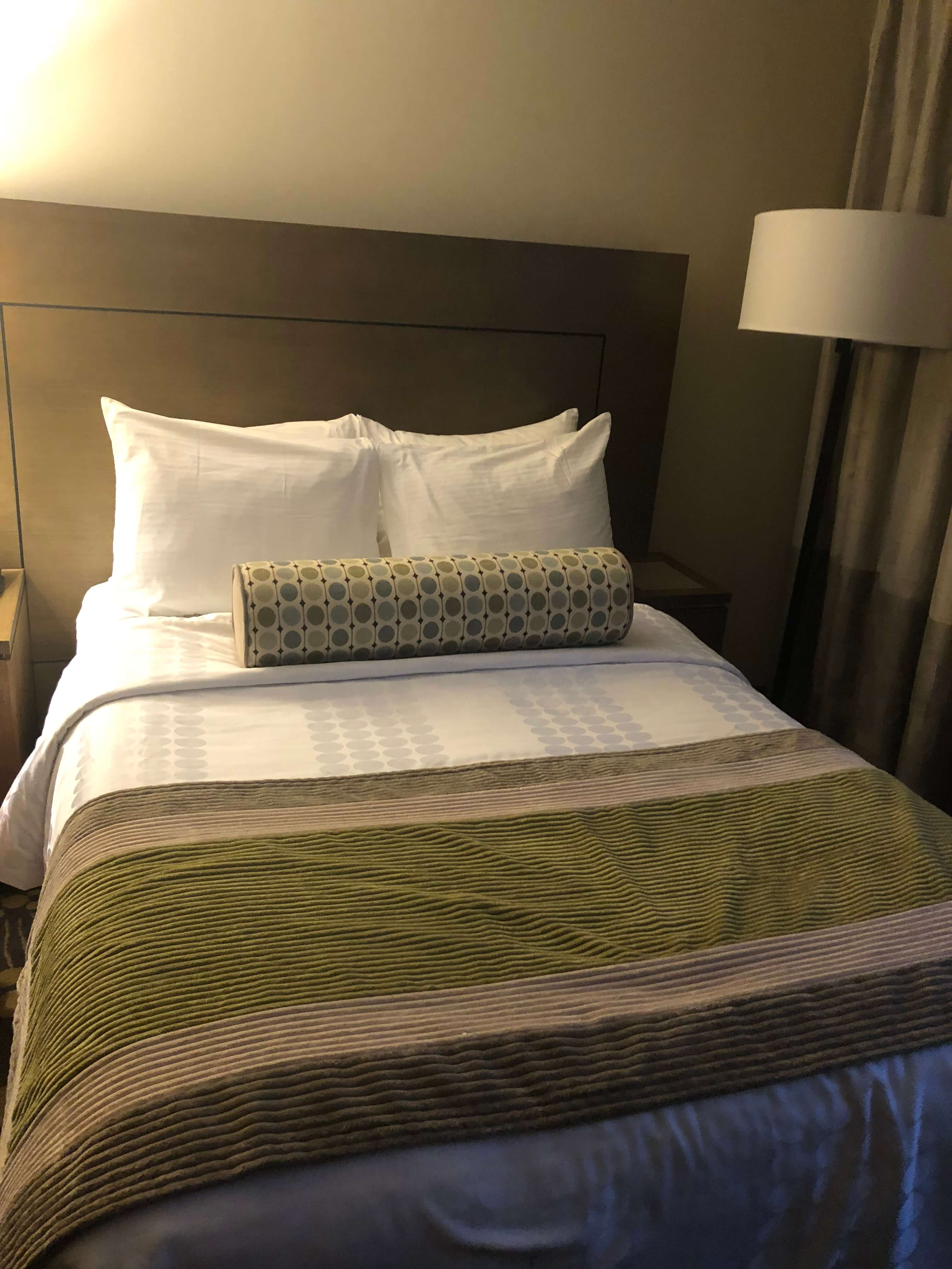 hotel indigo east end long island bed