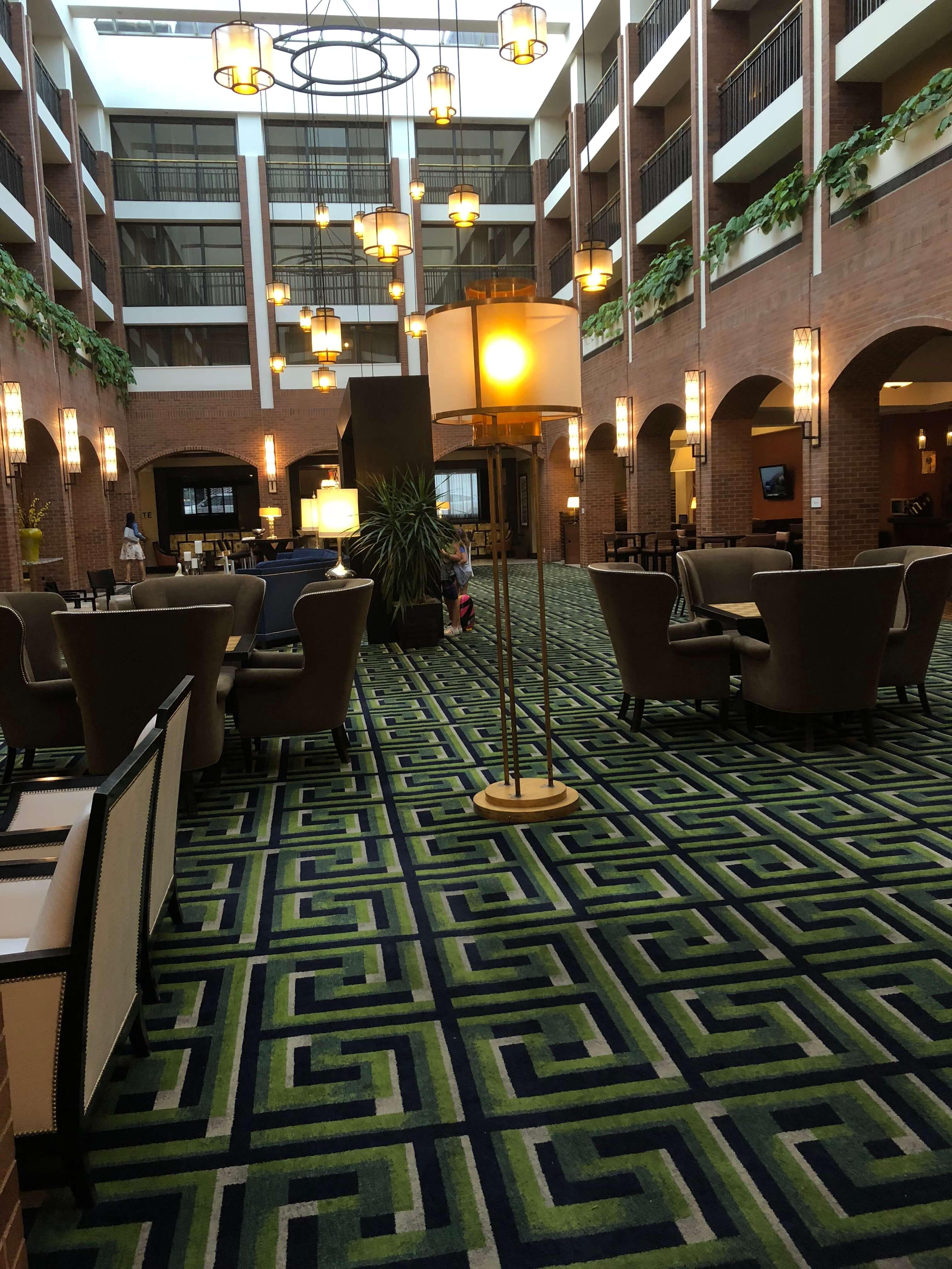 lobby Sheraton Philadelphia Society Hill
