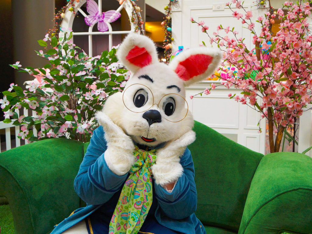 Easter Bunny Brunch at Blue Moon