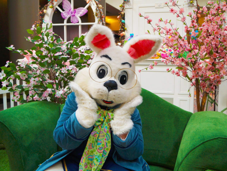 Easter Bunny Brunch at Blue Moon