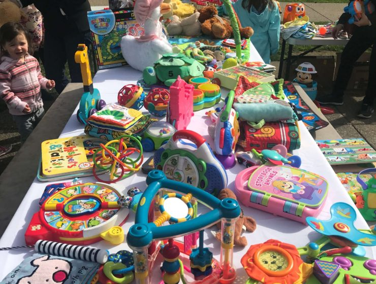 Recirculate Toys Amongst Your Neighbors with TOYCYCLE